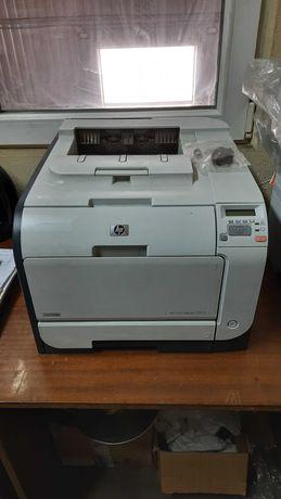 Продаю принтер лазерный HP Color Laserjet CP2025