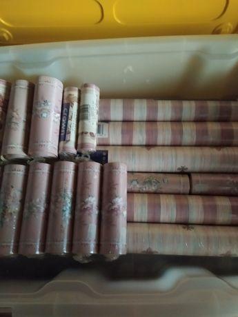 Vendo  rolos de papel parede e as barras   embalados original