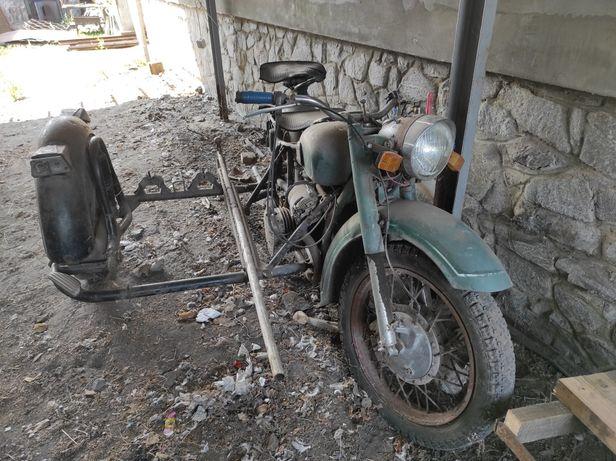 Мотоцикл  касик без коляски