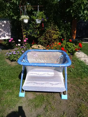 Детский манеж Brevi , голубой цвет, 110*110 см