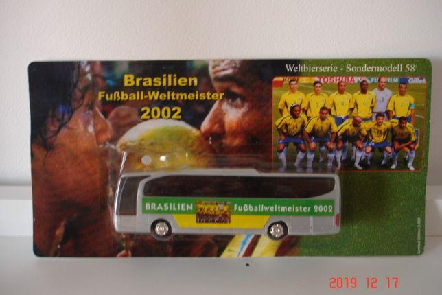 Zabawka model autobus MERCEDES Brazylia