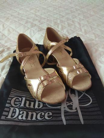 Продам бальные танцевальные босоножки (туфли) Clab Dence