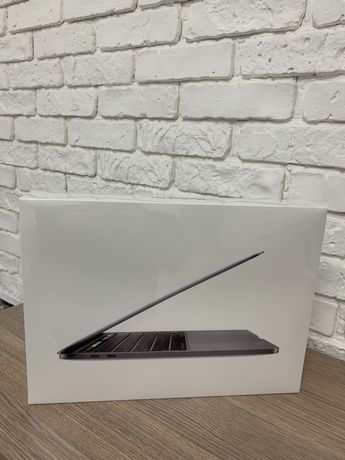 Apple MacBook Pro 13, 256GB, Space Gray (MXK32) 2020