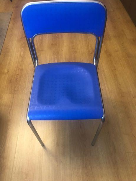 Krzesła mocne wygodne- jak nowe