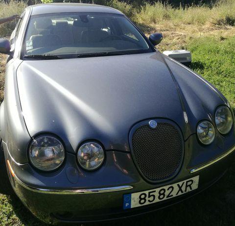 Jaguar S-Type muito bom estado
