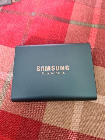 Samsung Portable ssd t5 przenośny 500gb prawie nowy na gwarancji