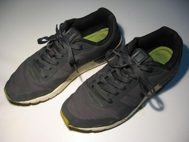 Buty damskie, sportowe Nike Rozmiar 41. Stan bardzo dobry -