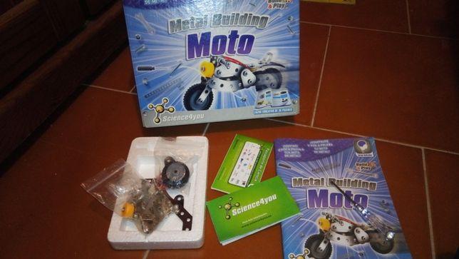 Jogo montar moto Science4you novo e puzzle do Ruca