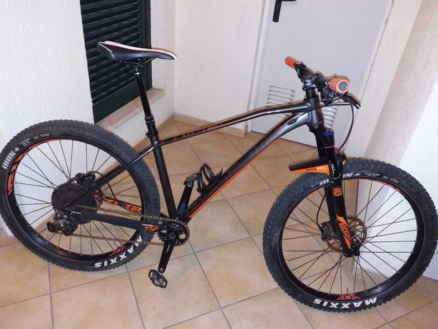 Bicicleta Mondraker Prime R +