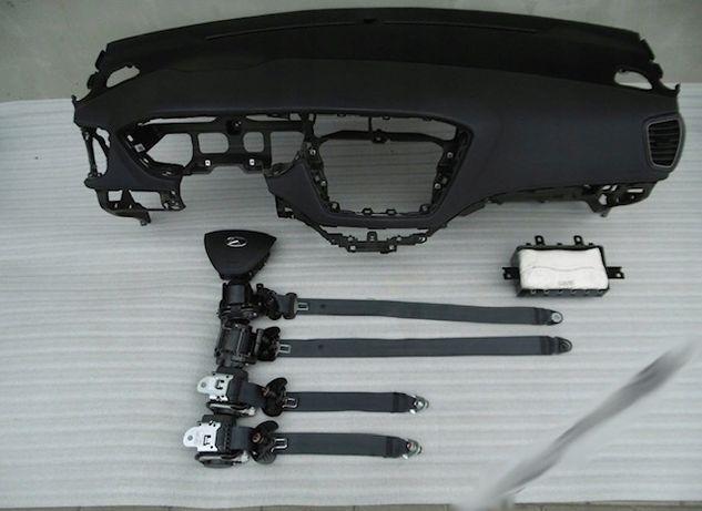 Hyundai i20 cintos airbags tablier