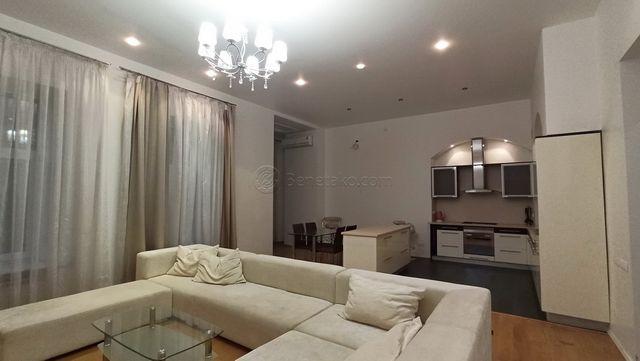 Код: 171. Четырехкомнатная квартира в центре Одессы, ул. Маразлиевская