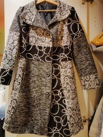 Płaszcz na wiosnę lub jesień