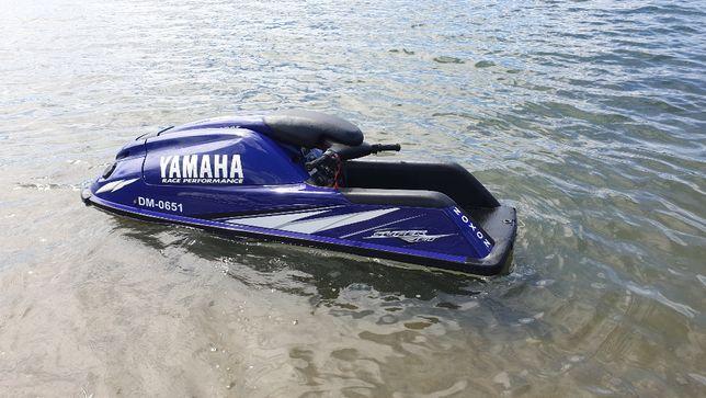 skuter wodny yamaha 700 stojący stojak w b.dobrym stanie przyczepka
