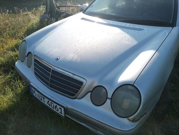 Mercedes 210K, 2001 r, uszkodzona pompa paliwa