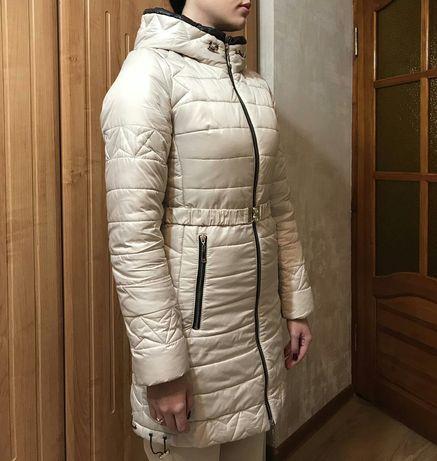 Зимняя женская   куртка  р. 42