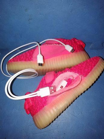 Świecące buty ładowane na usb