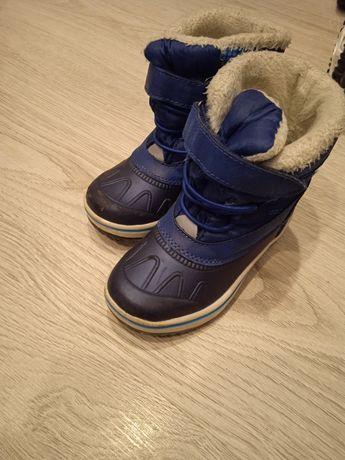 Buty chłopięce zimowe 24
