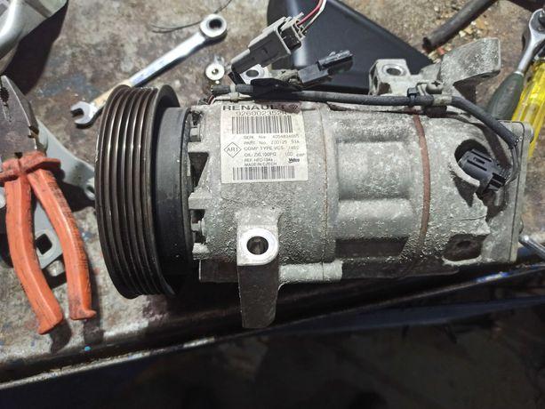 Renault Clio IV captur pompa klimatyzacji kompresor