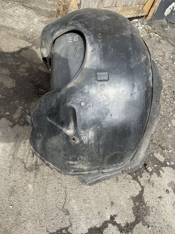 Підкрильник подкрилок локер E65 F10 F11 bmw е65 ф10 ф11 е39(задні)