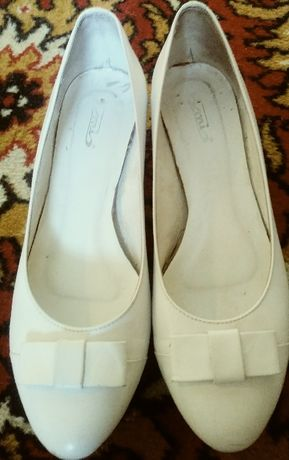 Buty ślubne- białe, 38, skóra