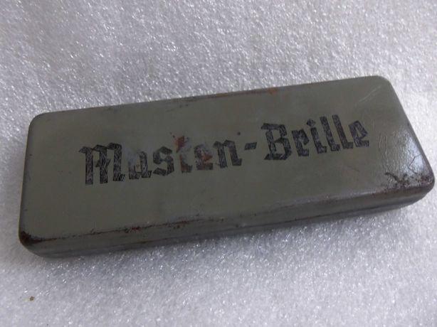 Футляр для очков немецкого солдата. Masken-Brille. Вермахт 1940е годы.