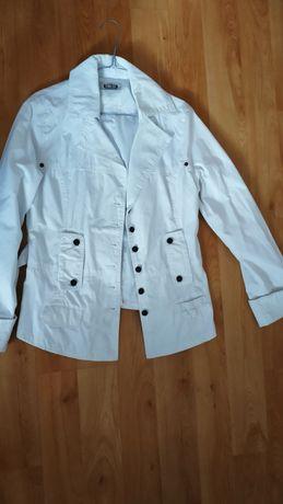 Biała kurtka roz.L