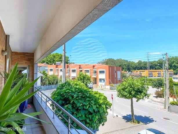 T3 com suite, 3 varandas e garagem (2 carros), em Antas, ...