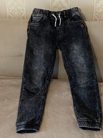 Джоггеры, джинсы Cool club Смик 128 весна, лето