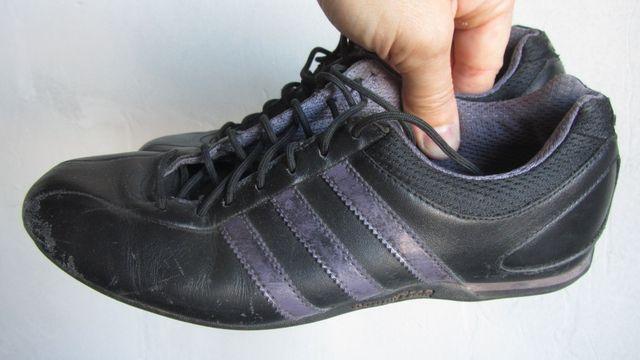 Продам Кроссовки Adidas в хорошем состоянии 37 размер стелька 24.2 см