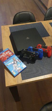Konsola PS4 PRO 1TB 4K + FIFA + 3 Pady + SPIDERMAN