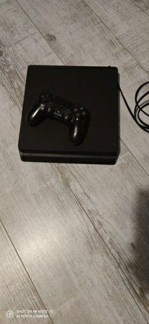Konsola PS4 na sprzedaz