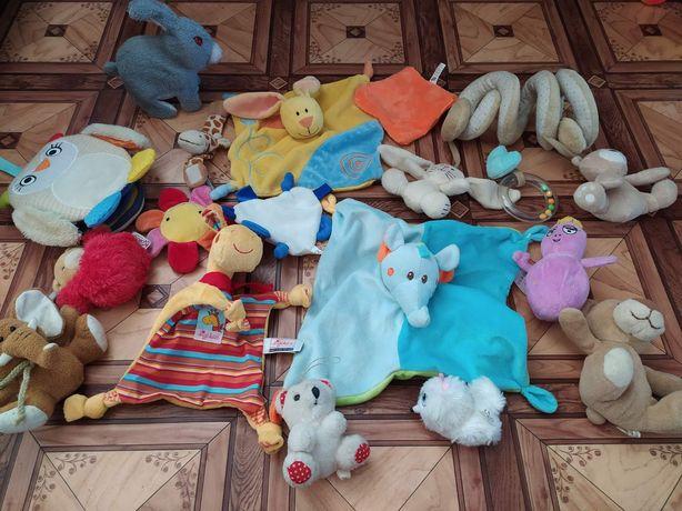 Продаються м'які іграшки