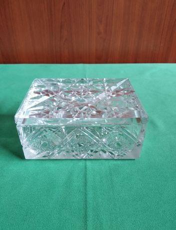 Piękne kryształowe pudełko, kryształowa papierośnica, szkatułka