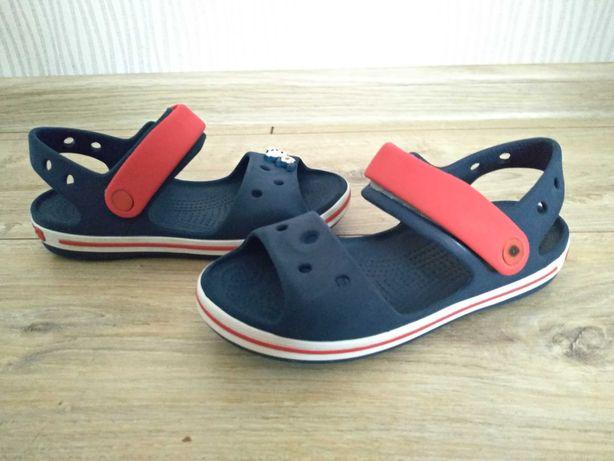 Crocs rozmiar C13 klapki 29-31