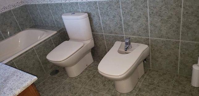 Vendo louças sanitárias