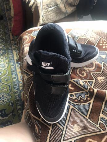 Nike кросовки