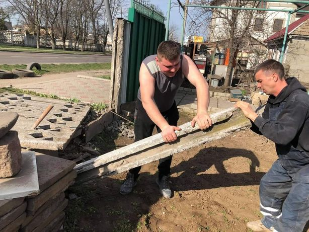 Демонтаж сантехкабин, стен, стяжки, штукатурки, сараев, гаражей.