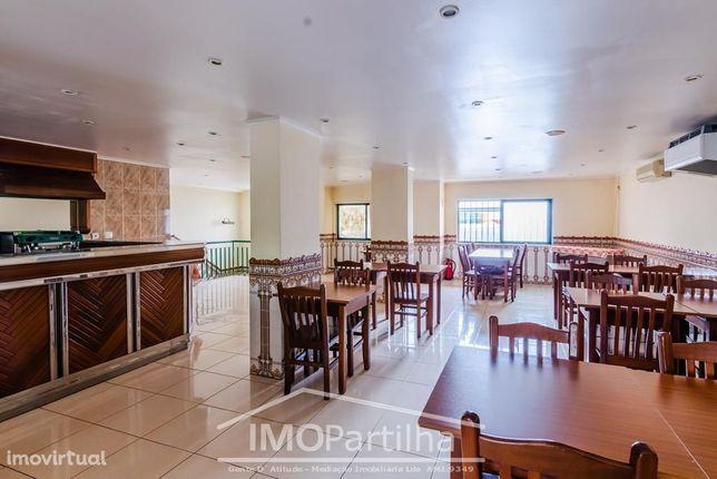 Oportunidade - Restaurante em Vale Flores - Mobilado e equipado