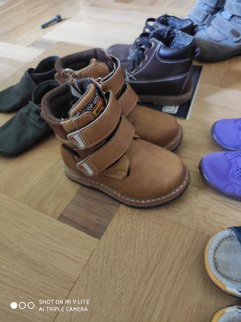 Взуття шкіра чешки черевички