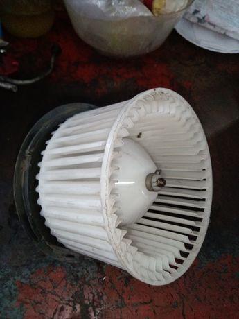 Моторчик печки Nissan Tiida 5027253500