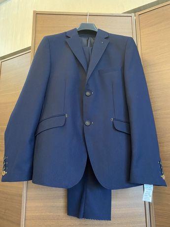 Школьный костюм синего цвета Herdal 164 см