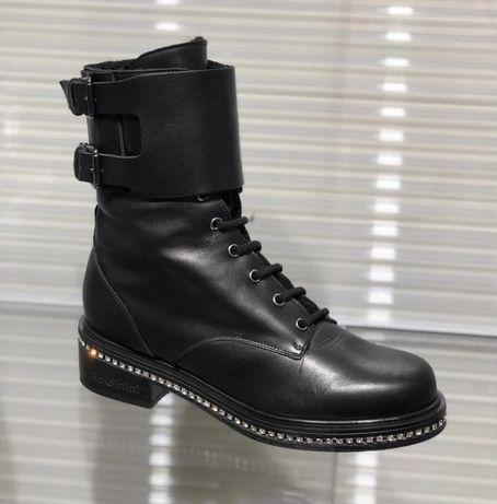 Очень красивые зимние ботинки Baldinini 38p