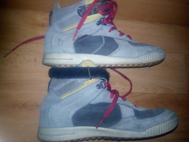 Подростковые ботинки на мальчика