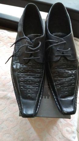 Кожаные туфли 45р