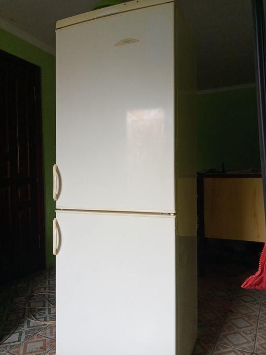 Холодильник Snaige,2-х камерный. Красноград - изображение 1