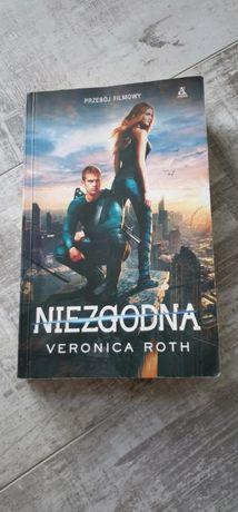 Książka Niezgodna Veronica Roth