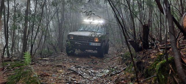 Land Rover Discovery 4x4 (2 bloqueios)