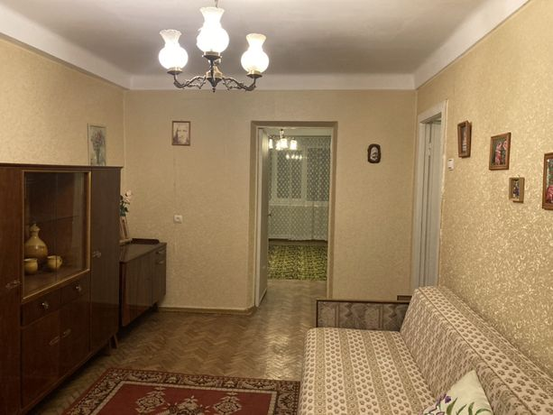 Сдам 2-х комн. квартиру в Соломенском р-не, ул. Белогородская.