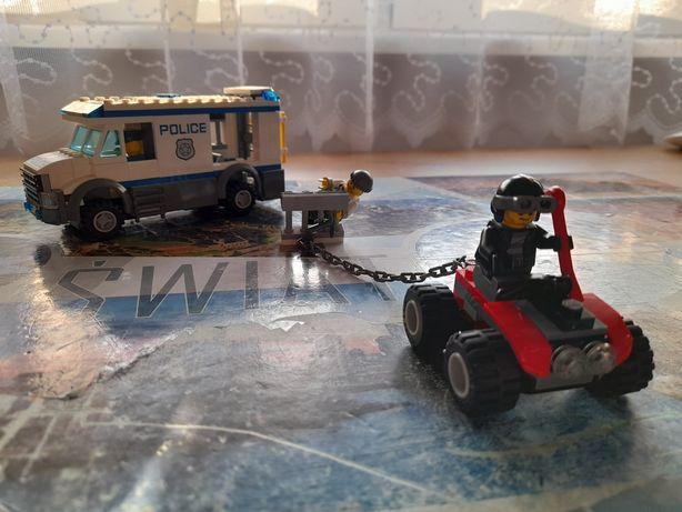 Furgonetka Policyjna z klocków lego