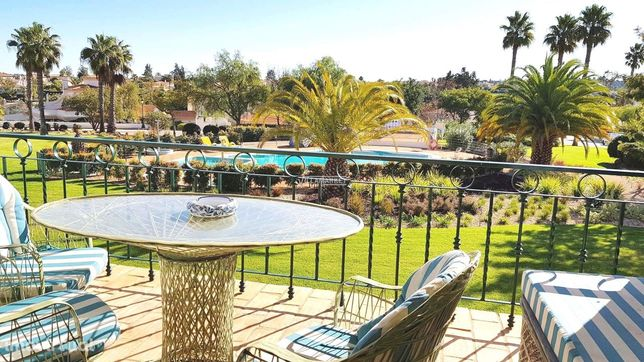 Excelente  T3 vista piscina  no Gramacho Golf & Resort, Carvoeiro
